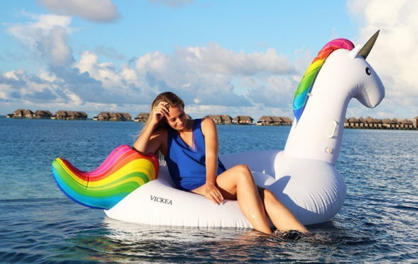 UnicornFloat_Amazon